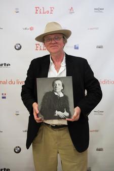 Robert Storr, auteur et commissaire d'expositions. FILAF d'Or et Prix du Meilleur Livre d'ARt Contemporain.