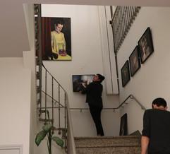 Montage de l'exposition Decameron au Centro Espagnol