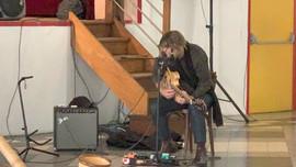 Bertrand Belin, juré des livres 2020, concert au Centro Espanol