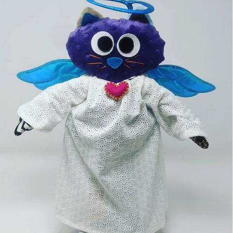 Angel Chiquimiau