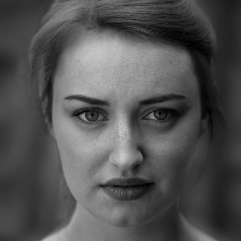 Actress: Alaina Fountain