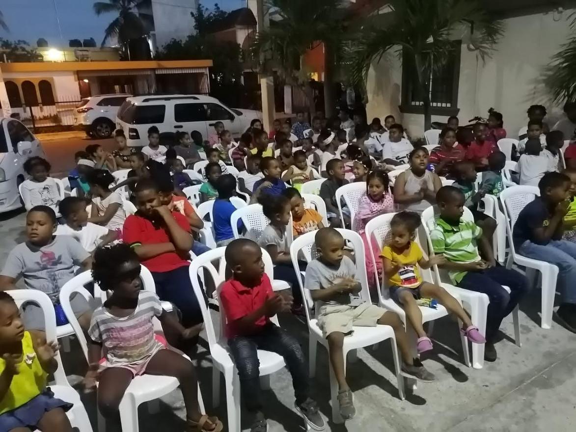 Children in Republican Dominican