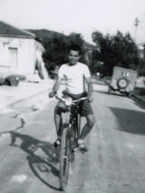Βόλτα με το ποδήλατο στην Κάτω Γατζέα, Αρχείο Κ. Λιάπη