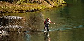 Ya están a la venta los permisos de pesca para la temporada que inicia el 1º de noviembre en Neuquén