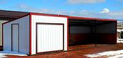 spinning tack wall, loafing shed, shelter, livestock shelter