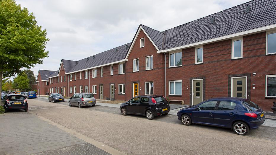 16 woningen Hardinxveld