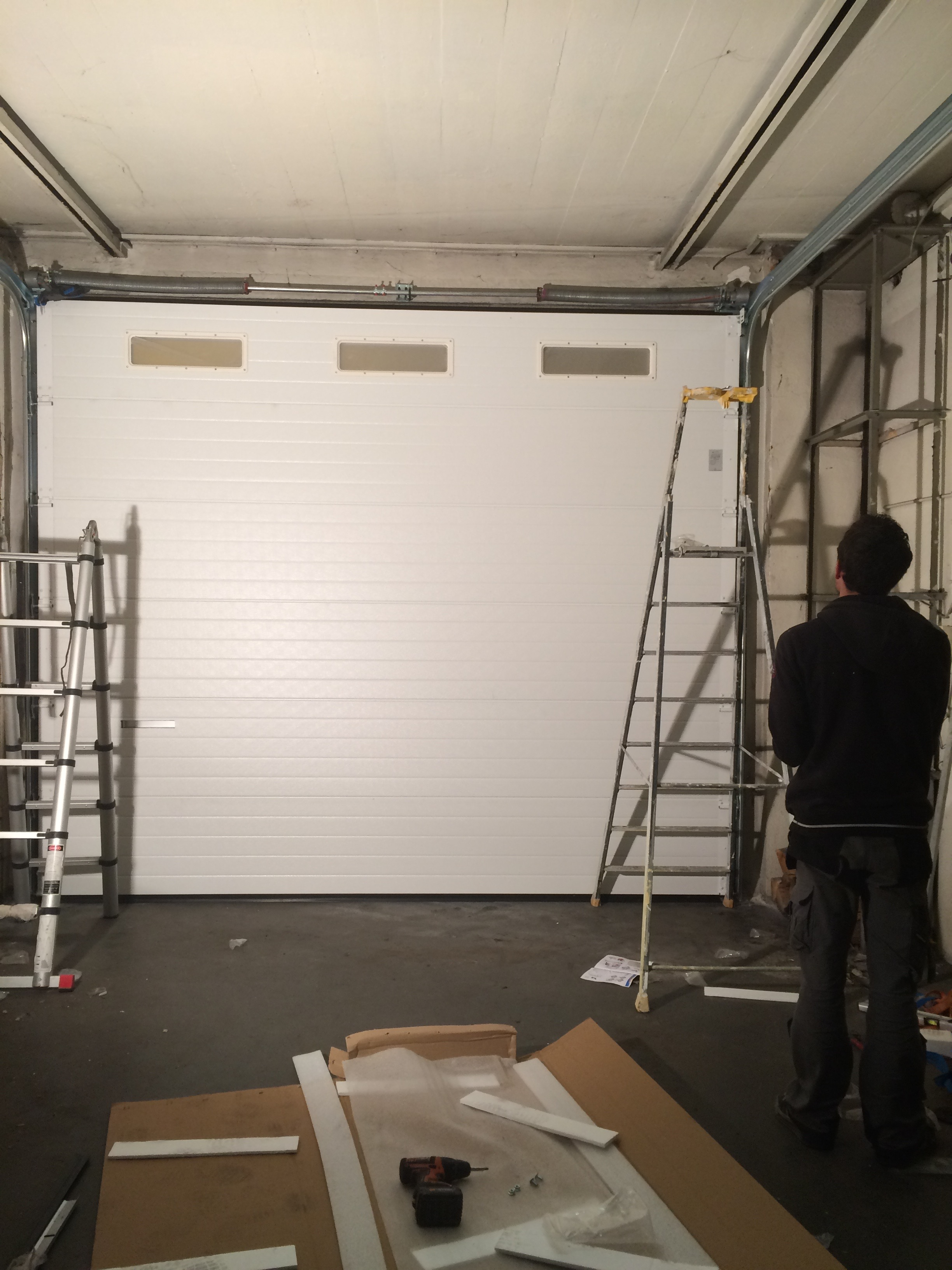 Pose porte de garage/ Intérieur