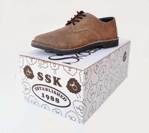 Shoe_and_Box.jpg