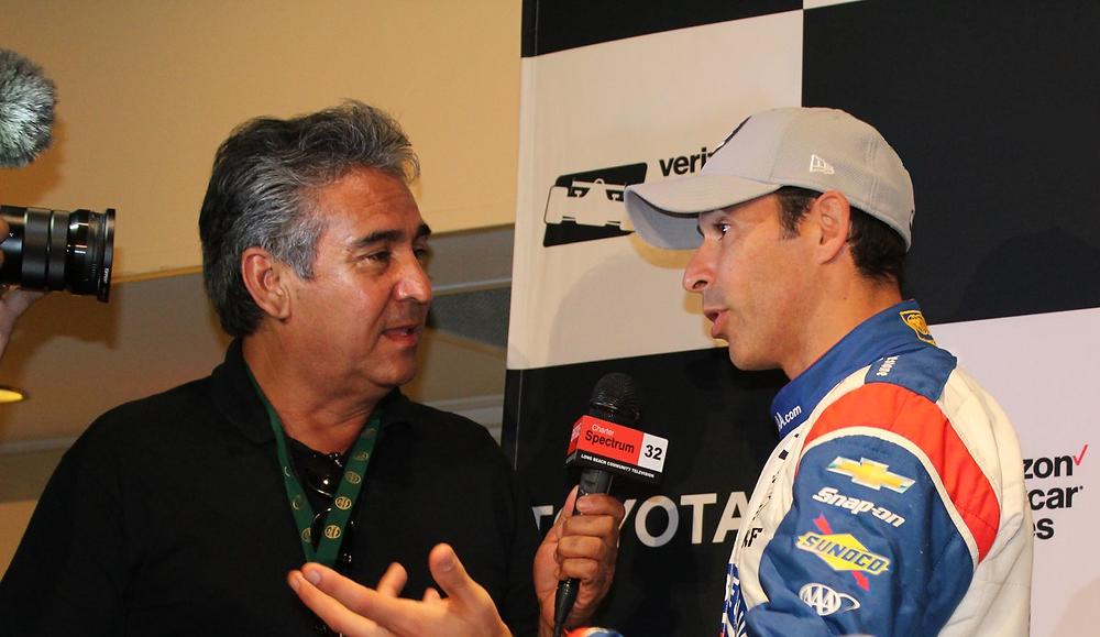 El piloto brasileño de carreras de autos Helio Castroneves