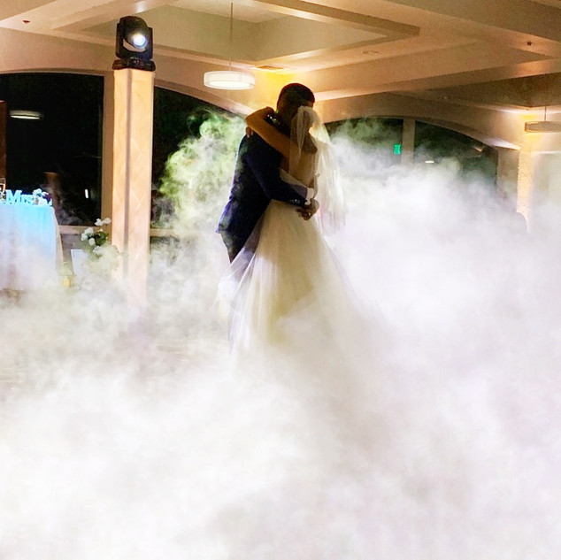 Bride & Groom Dance on the clouds Ambient Pro