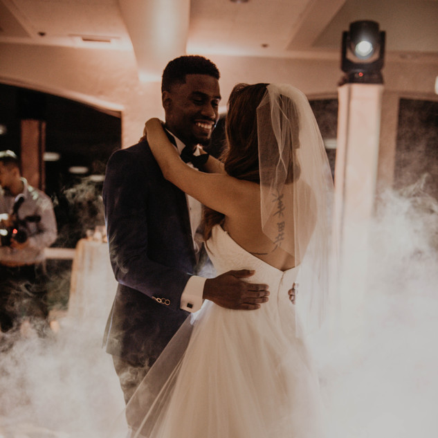 Bride and Groom Dance on the clouds Ambient Pro