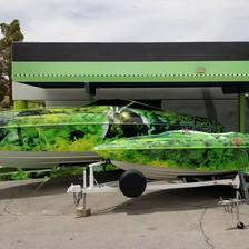 Custom Paint Jobs on Boats