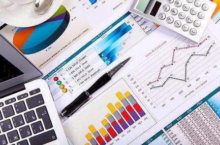 llm-economia-finanzas-e1513703105622.jpe