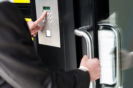 access-control-door-entry-1-e15168741081