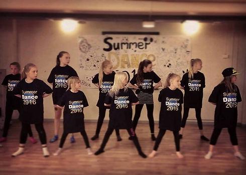summerdance.jpg