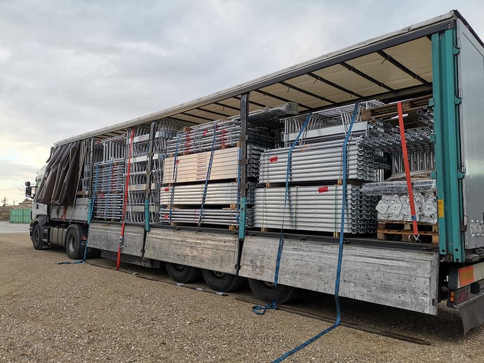 Livraison, nouveau client Sun Échafaudages sur son nouveau parc de stockage (proximité Valence)