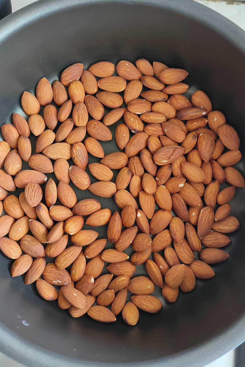 Pan-roasted almonds