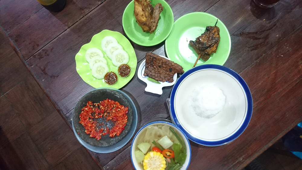 Kuliner Salatiga: Ayam Joyo bakar goreng