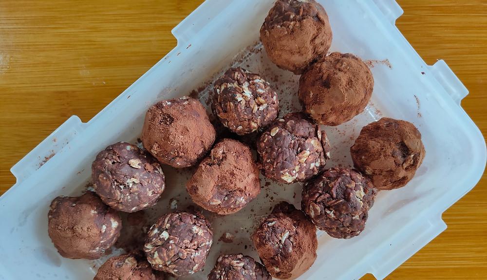 Homemade triple chocolate energy balls