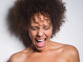 Femmes au bord de la crise de nerfs !