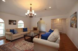 Living Room w Study Area