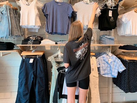 One Size Doesn't Fit All: Why Brandy Melville's Sizing Policy Is Sexist and Exclusionary