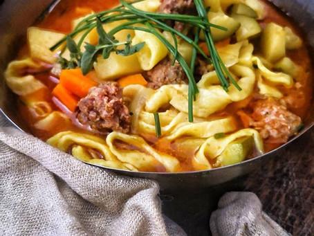 """Soupe Ouzbek à l'agneau & pâtes fraiches façon""""Lagman"""""""