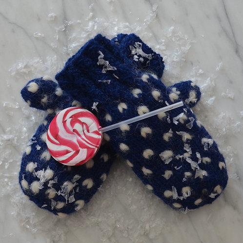 Materialpakke Frost -en strikket polvott i kongeblått