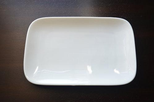MEDIUM WHITE RECTANGLE DISPLAY DISH