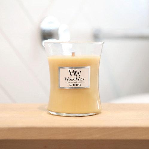 Woodwick Candle Medium - Oatflower