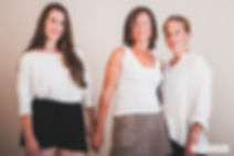 mother and daughters, mütter und töchter, familienfotos