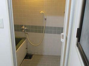 1工事前浴室.JPG