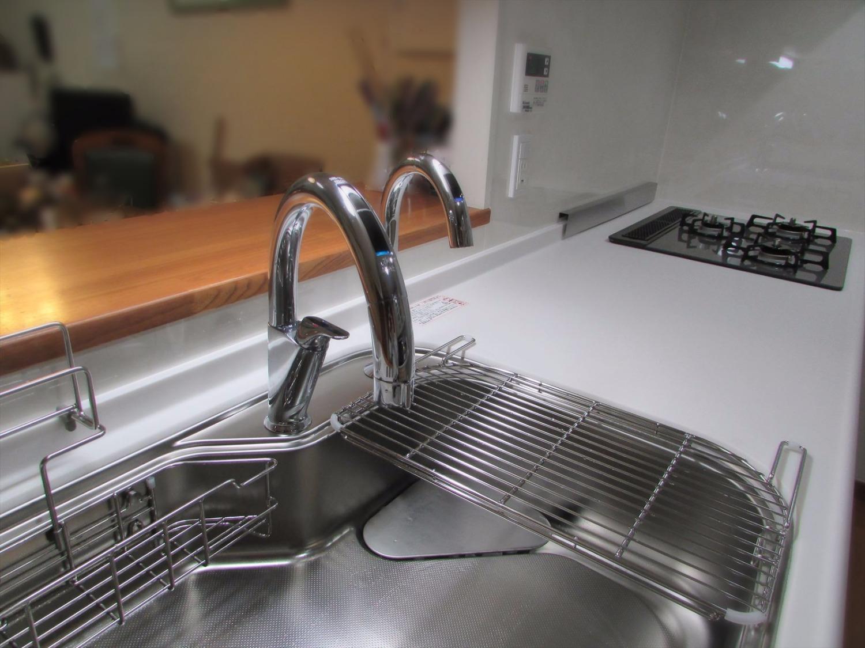 工事後キッチン-水栓