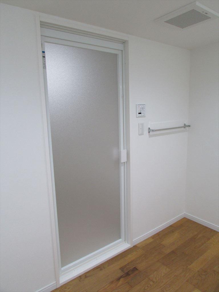 工事完了UB-浴室ドア