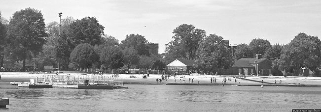 Harbor_Island_Beach_and_Park_Mamaroneck_NY_opp7160_edited_edited.jpg