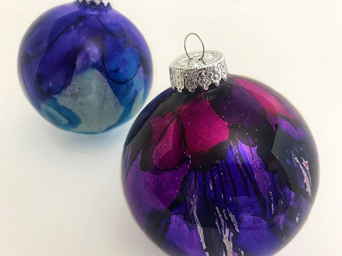 2 Pack - Large Ornaments