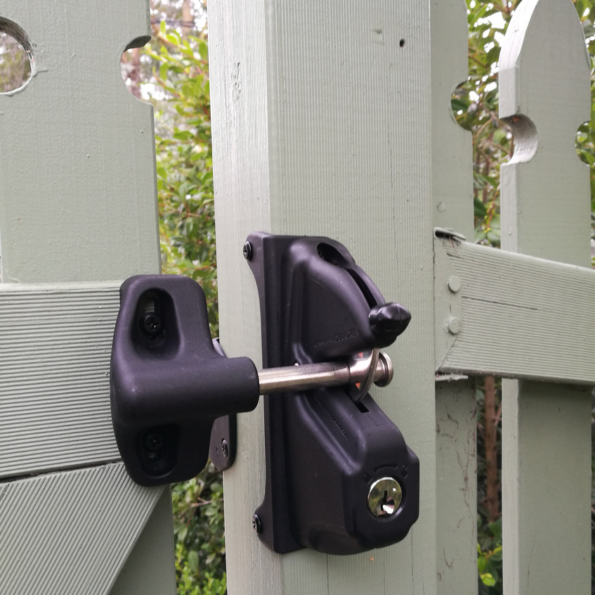 Inside view of the Gate Latch/Lock.