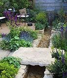 glorious gardens.jpg