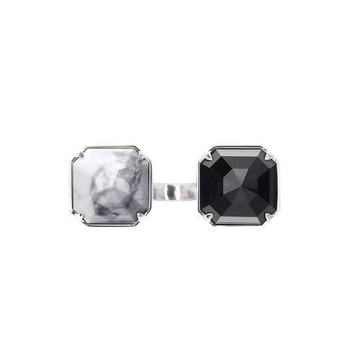 Кольцо с черным и белым камнем с мрамором и обсидианом STELLAR