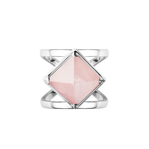 Кольцо с розовым камнем пирамидкой из серебра с розовым кварцем STELLAR