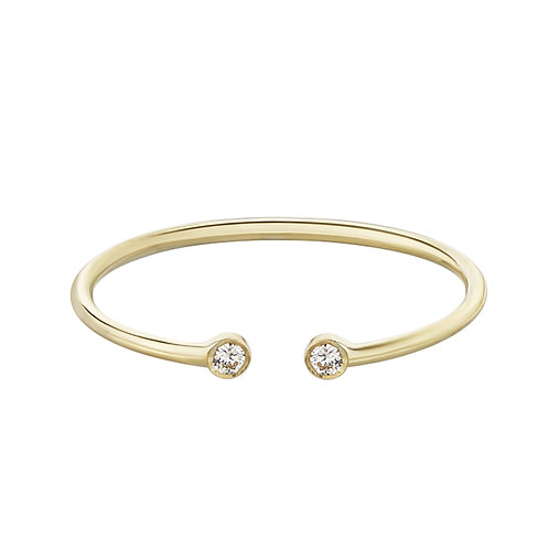Тонкое золотое кольцо с разрывом с двумя бриллиантами STELLAR