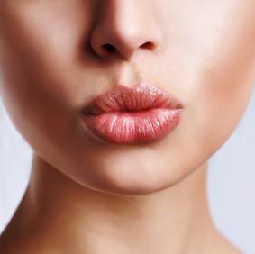 5 tips for fabulous weatherproof liptastic lips
