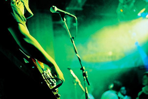 Nick Robinson Guitartist Live.jpg