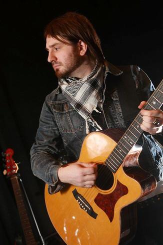 Nick Robinson Guitarist Gabrielle Always Tour