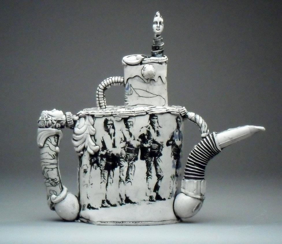 teapots sept 2010 020.jpg