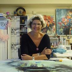 Ana, pintora abrangente  ->