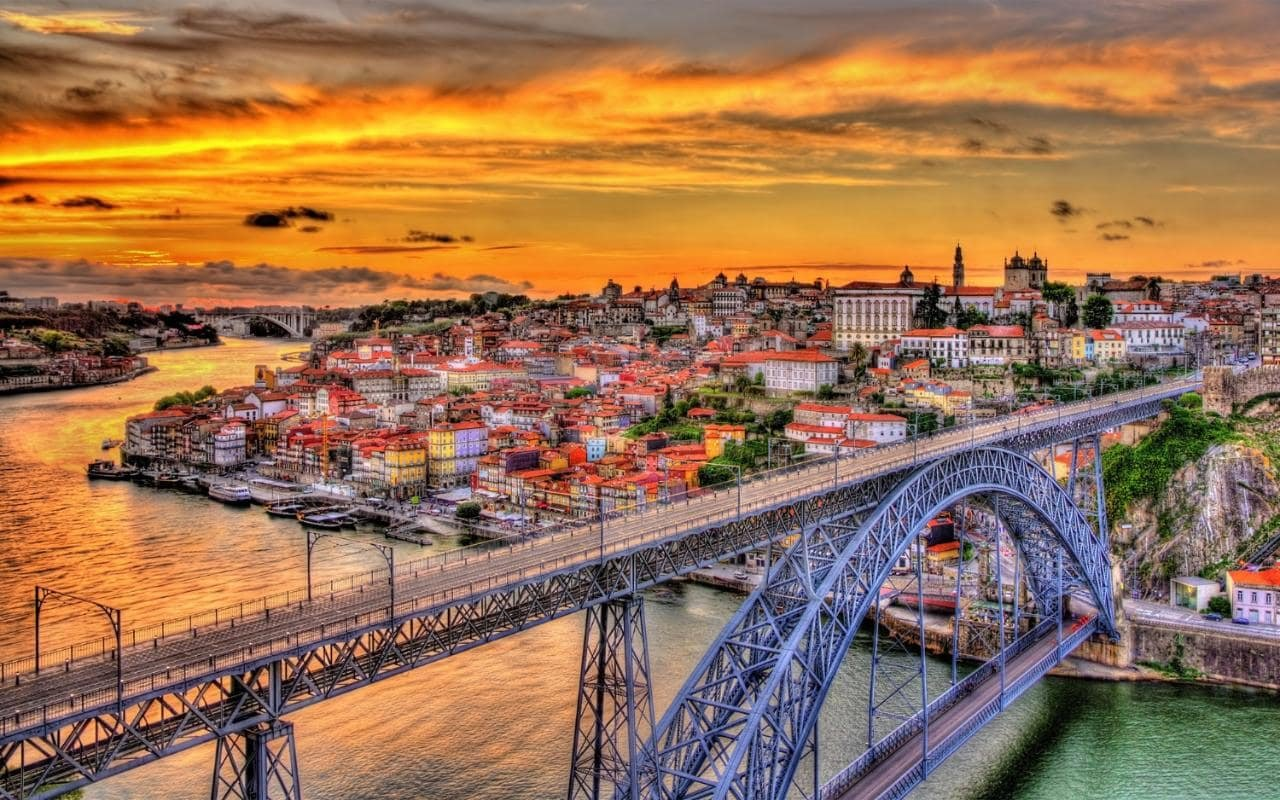 porto_city_bridge_houses_water