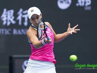 巴蒂Ashleigh BARTY (AUS)逆轉科維托娃Petra KVITOVA (CZE)  貝爾騰斯Kiki BERTENS (NED)擊敗斯維托麗娜Elina SVITOLINA (UKR)