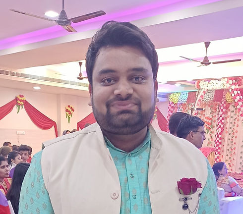 WhatsApp%20Image%202020-04-25%20at%205.49_edited.jpg