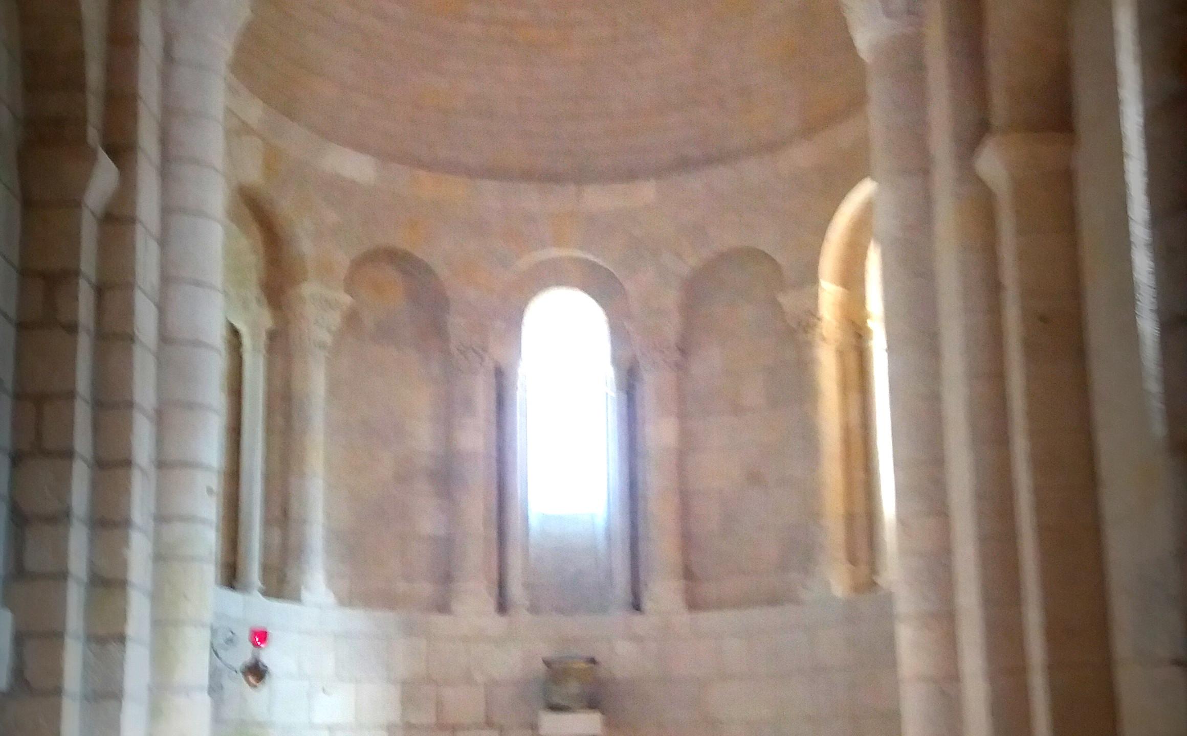 Intérieur, église de Thaims